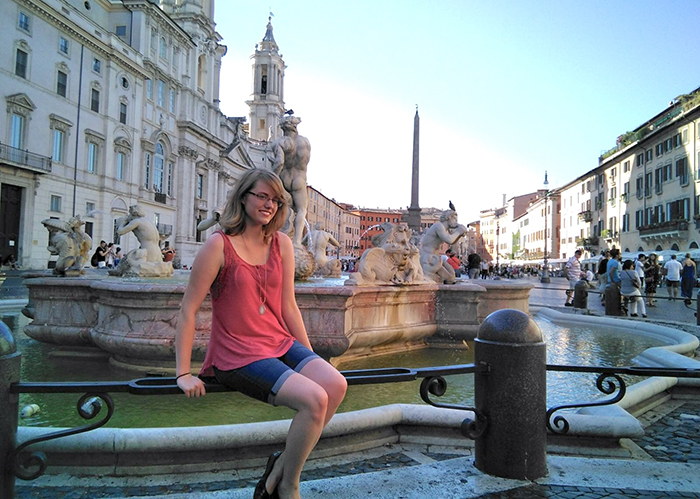 Allison Curley, who minors in Italian, in Rome, Italy.