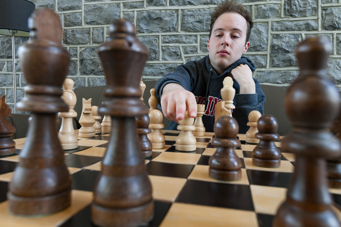 Stuart Spiegel '19 helped lead the recently formed Dickinson College Chess Club to a collegiate championship. Photo by Carl Socolow '77.