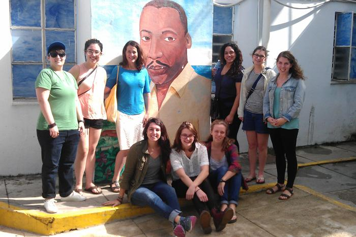 Group photo of the students who participated in the Cuban mini-mosaic in January 2016 along with Professor Margaret Frohlich.