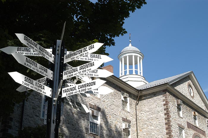 global signs on campus