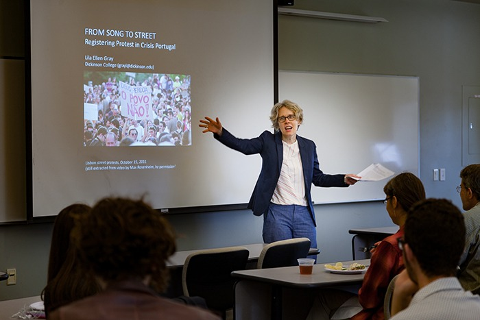 Professor Ellen Gray Teaches a Music Lecture Class