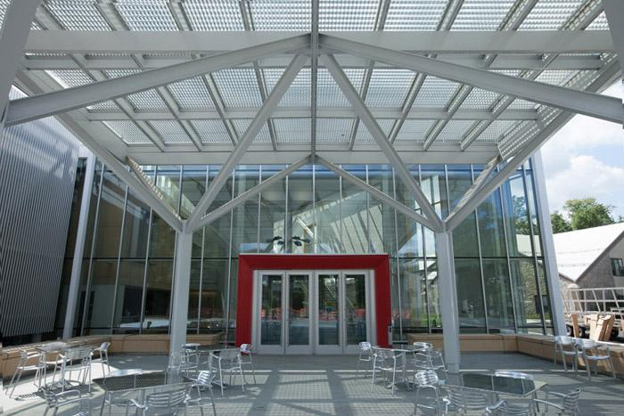 The main entrance to the Kline Center extension
