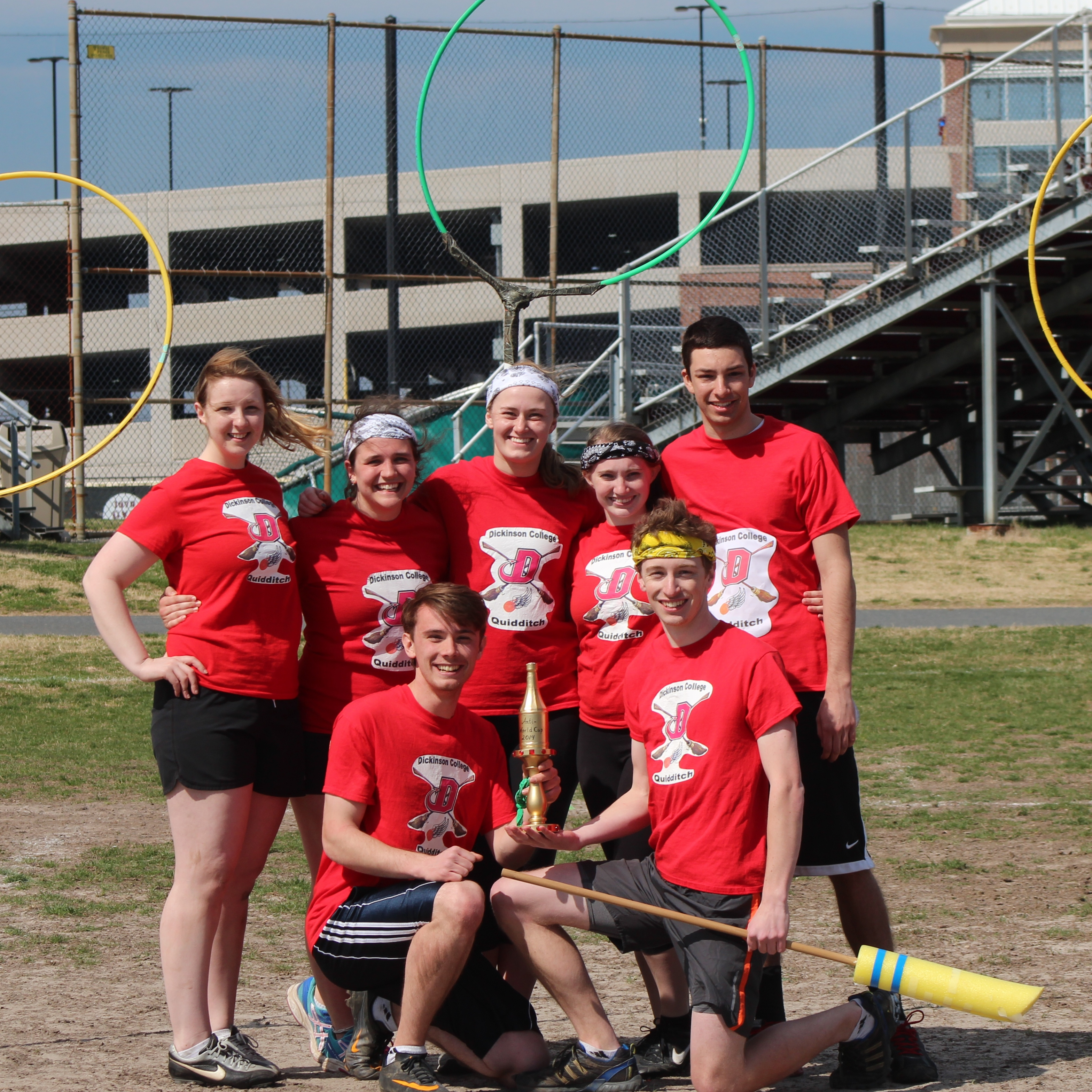 Picture of Dickinson Quidditch Team with trophy