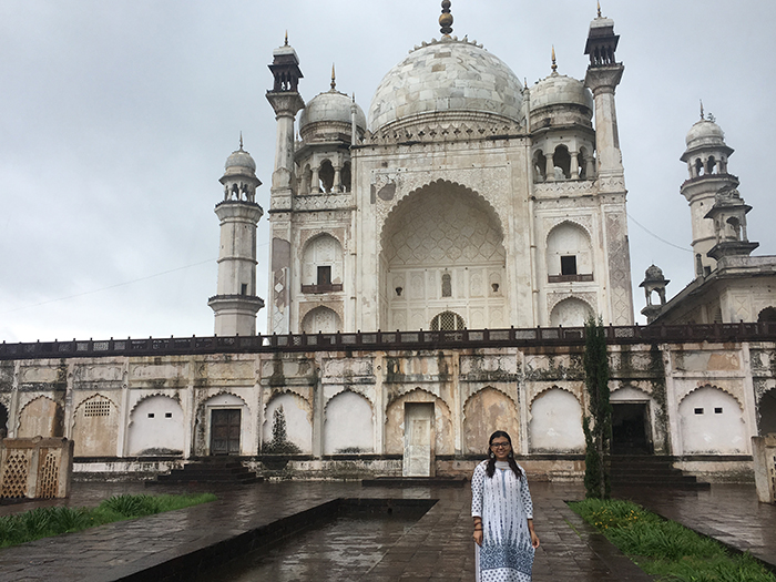 Carol Fadalla '18 in India, where she conducted research and served a public-health internship.