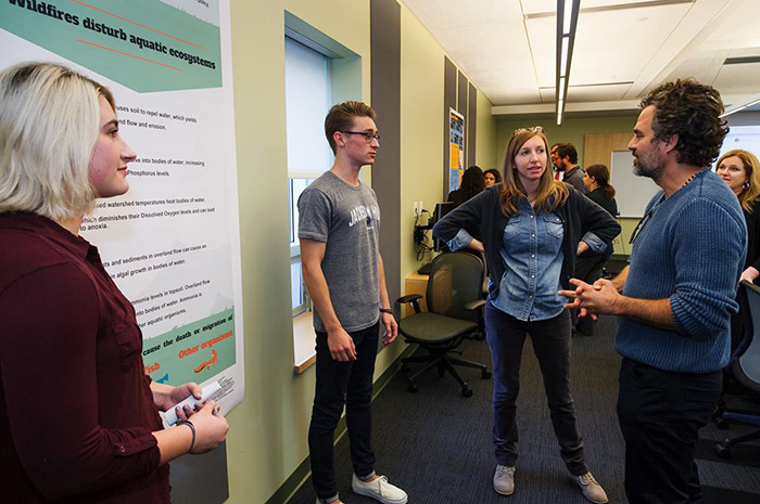 Mark Ruffalo views original research by science students at Dickinson College. Ruffalo is an environmental activist and founder of two nonprofits.