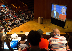 Debate watch party